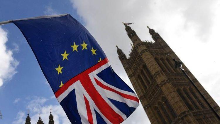 "Johnson spokesman: ""Brexit deal possible, but significant gaps remain"""