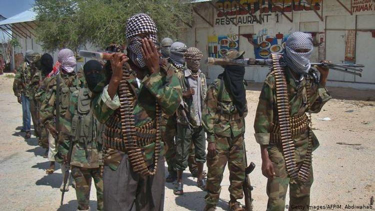 """""""Əş-Şəbab"""" terror qruplaşması Somali silahlı qüvvələrinin bazalarına hücum edib"""