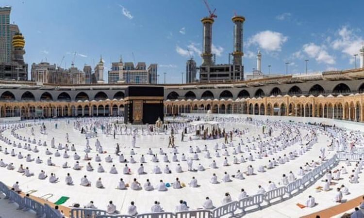 Saudi Arabia announces coronavirus restrictions for Umrah pilgrims