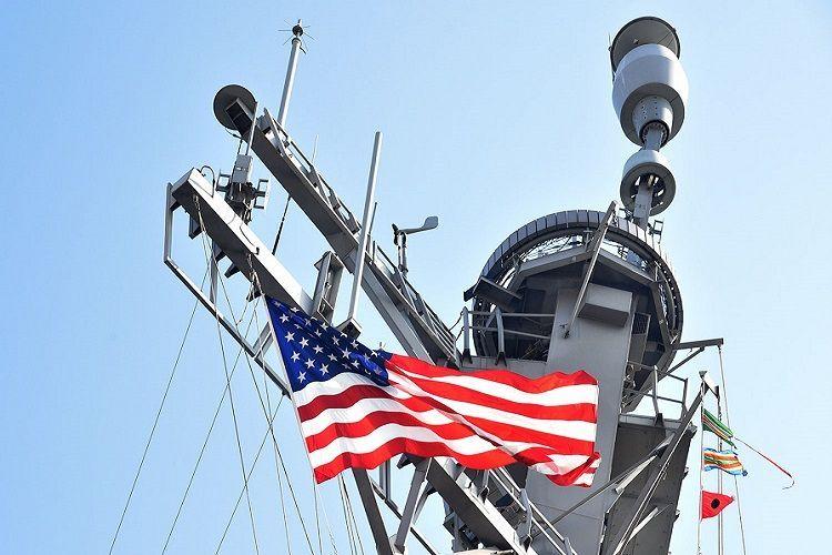 В Пентагоне объяснили проход эсминца США через воды Индии