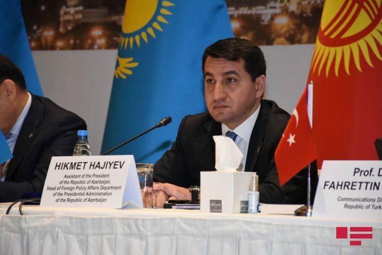"""Hikmət Hacıyev: """"""""Media haqqında"""" qanun layihəsi hazırlanıb"""""""