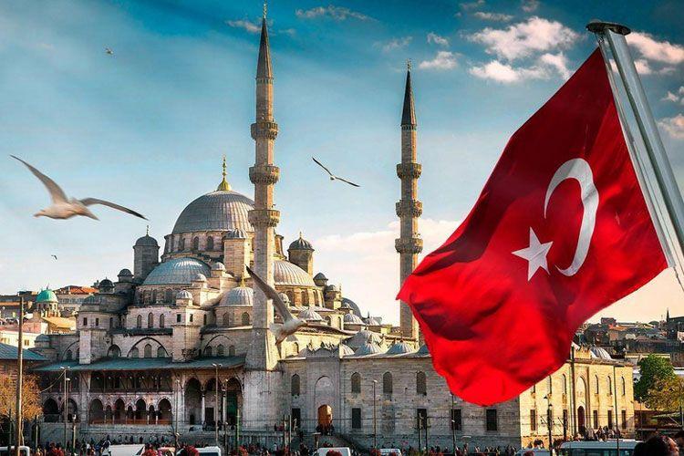 Турция приостановила закупку у Италии вертолетов из-за дипломатического скандала