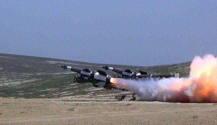 Зенитно-ракетные войска провели учения с боевой стрельбой - <span class=