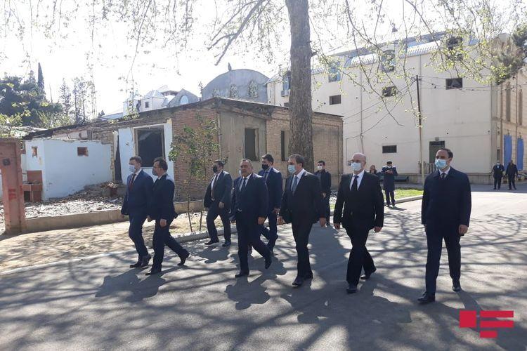 Делегация Украины ознакомилась с последствиями ракетных ударов Армении по Гяндже - <span class='red_color'>ФОТО</span>
