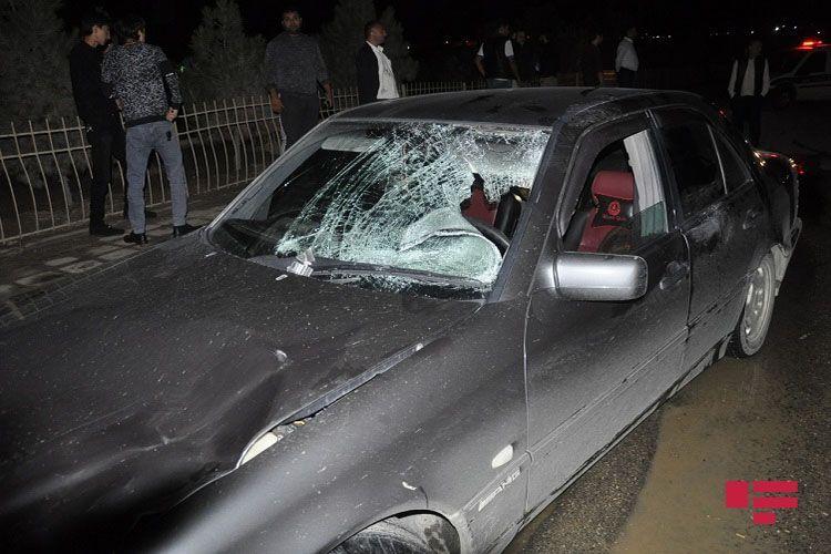 В Баку автомобиль сбил иноcтранца