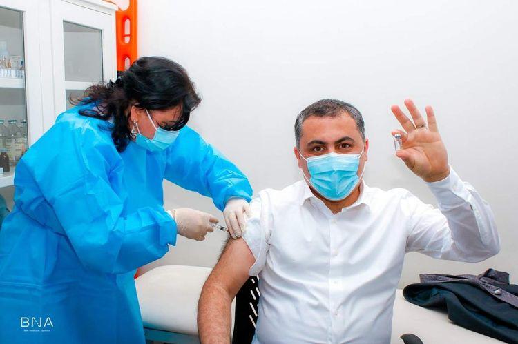 BNA əməkdaşları COVID-19 əleyhinə vaksinasiya olunur
