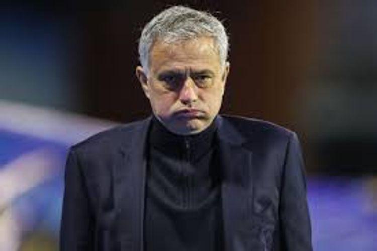 """""""Tottenhem"""" Joze Mourinyonu istefaya göndərib, 40 milyon avro təzminat verəcək"""
