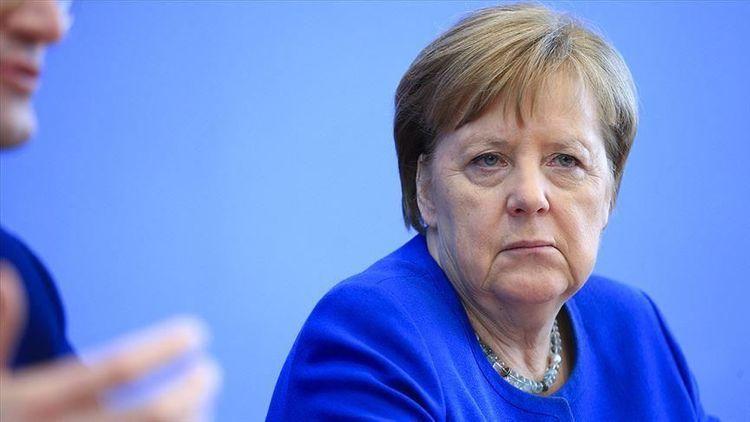 """Merkel: """"Dövlətlərin suverenliyi və bütövlüyünün Krım və ya Dağlıq Qarabağda olduğu kimi, şübhə altına alınması fundamental dəyərlərimizə ziddir"""""""