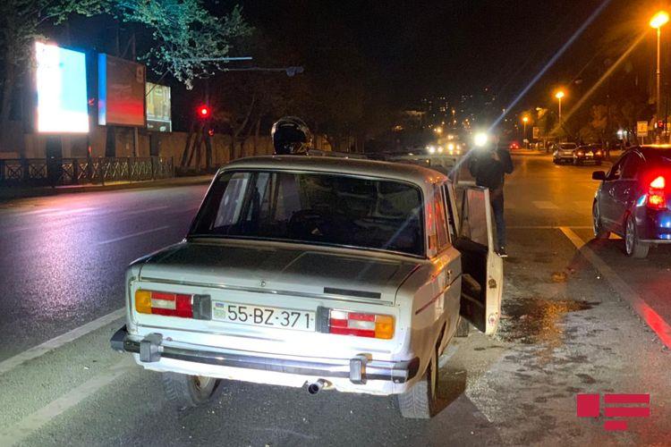 Bakıda qəzaya uğrayan avtomobil yanıb, sürücü döyülüb - <span class='red_color'>FOTO</span>