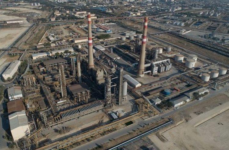 Azerbaijan decreased oil refinery