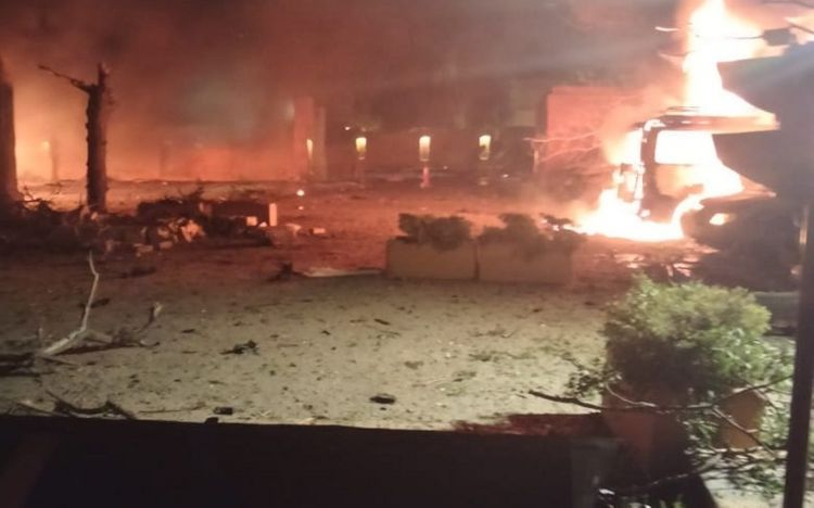 Pakistanda otel yaxınlığında baş vermiş partlayış zamanı 3 nəfər ölüb