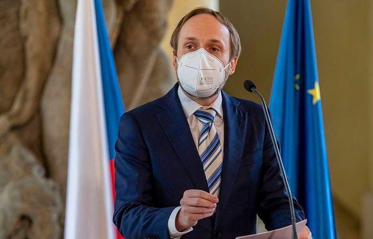 Глава МИД Чехии допустил высылку около 60 сотрудников посольства РФ
