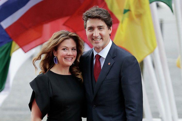 """Kanadanın baş naziri və xanımı """"AstraZeneca"""" preparatı ilə peyvənd olunublar"""