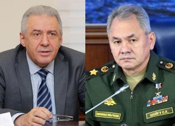 Ermənistan və Rusiyanın müdafiə nazirləri arasında telefon danışığı olub