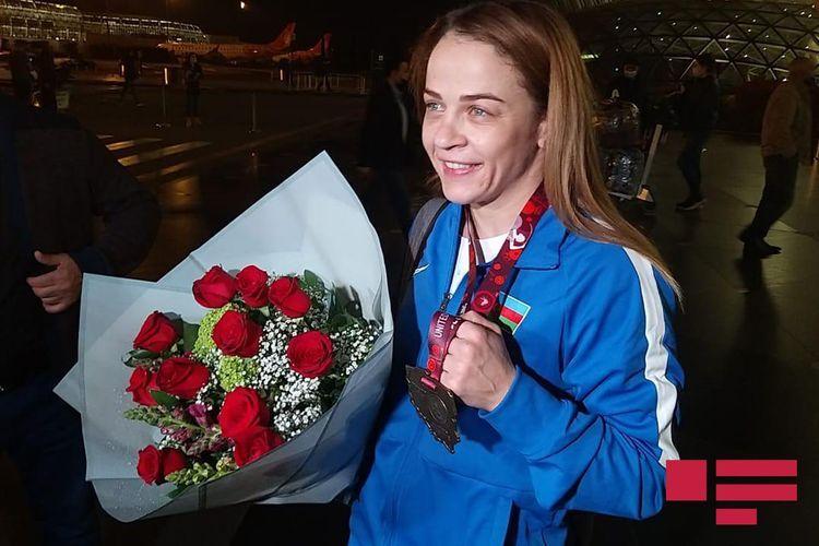 Восьмикратная чемпионка Европы Мария Стадник вернулась в Баку - <span class=