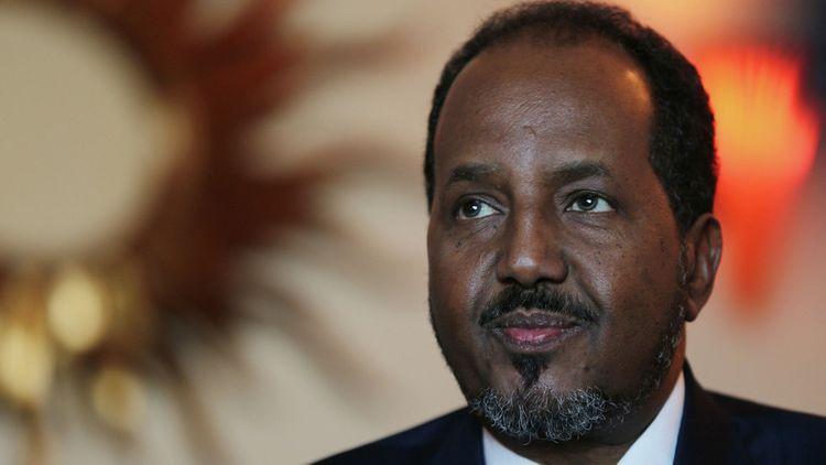 Экс-глава Сомали обвинил президента страны в нападении на свою резиденцию