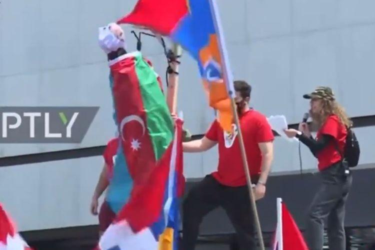 В Лос-Анджелесе армяне призвали к насилию в отношении азербайджанцев - <span class=