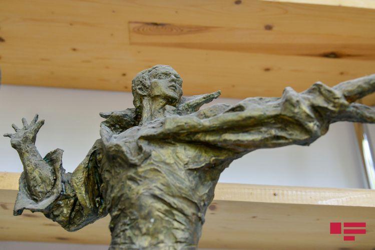 Process of preparing statue to Muslim Magomayev begun