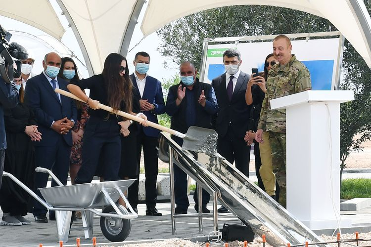 Президент Ильхам Алиев и первая леди Мехрибан Алиева побывали в Джабраильском и Зангиланском районах - <span class='red_color'>ОБНОВЛЕНО</span>