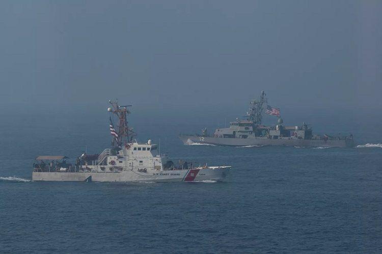 Американские корабли в Персидском заливе сблизились с иранскими
