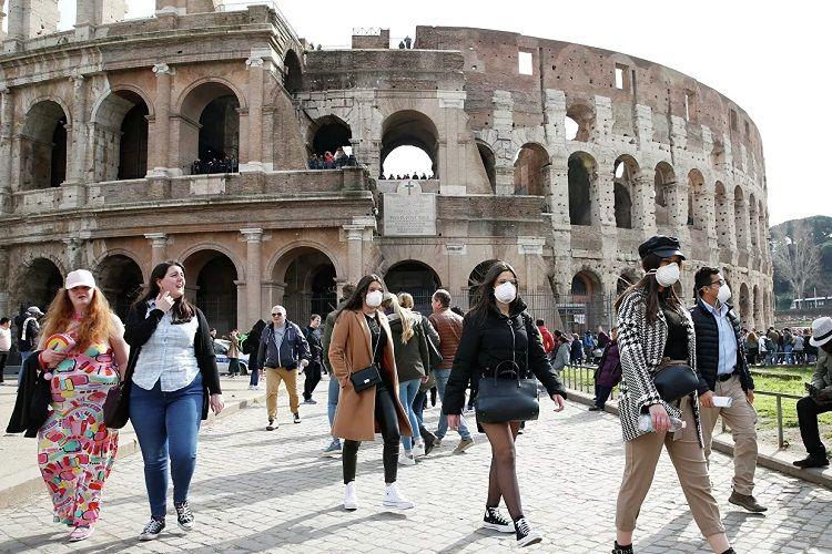 İtaliyada son bir gündə 373 nəfər koronavirusdan ölüb