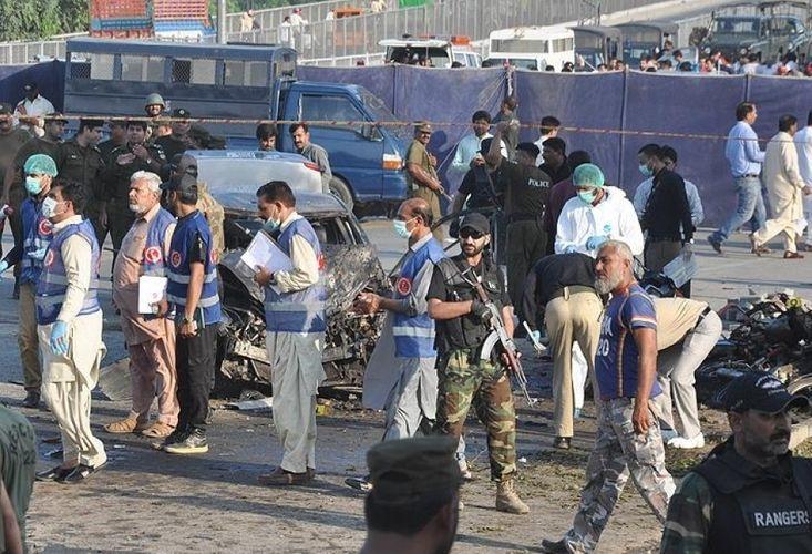 1 policeman killed, 3 injured in blast in SW Pakistan