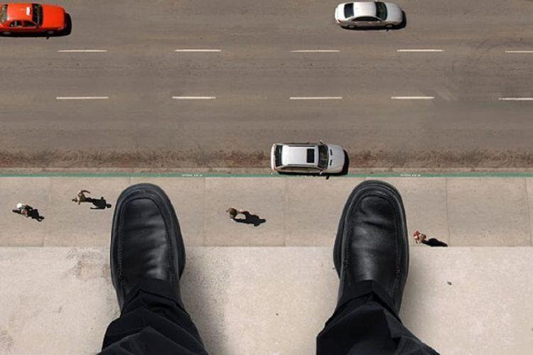 В Баку предотвращена попытка суицида