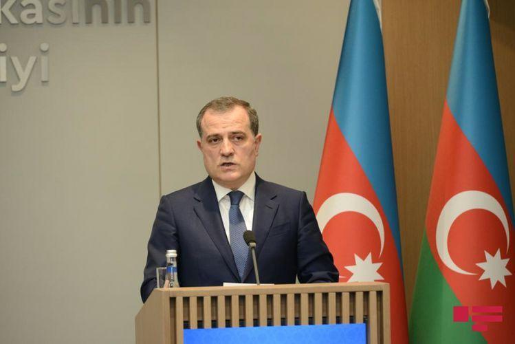 Глава МИД призвал международное сообщество оказать давление на Армению в связи с минными картами