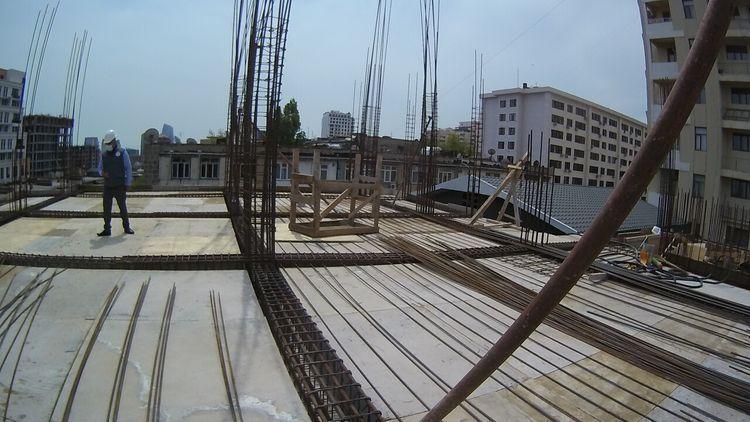 МЧС: В Баку предотвращено нарушение правил безопасности в строительстве – <span class=