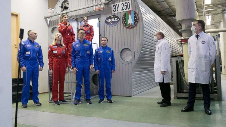 Simulated Moon flight isolation experiment ends in Moscow
