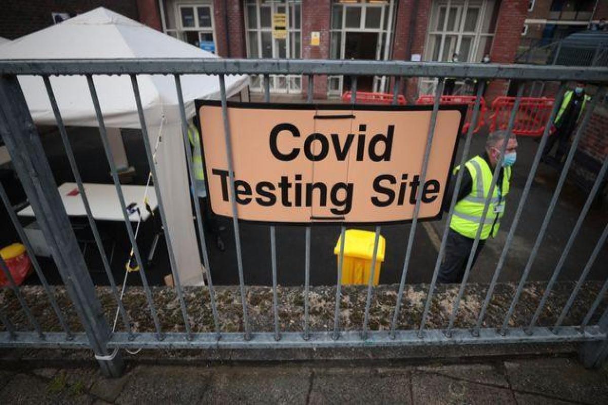 UK reports another 26,144 coronavirus cases