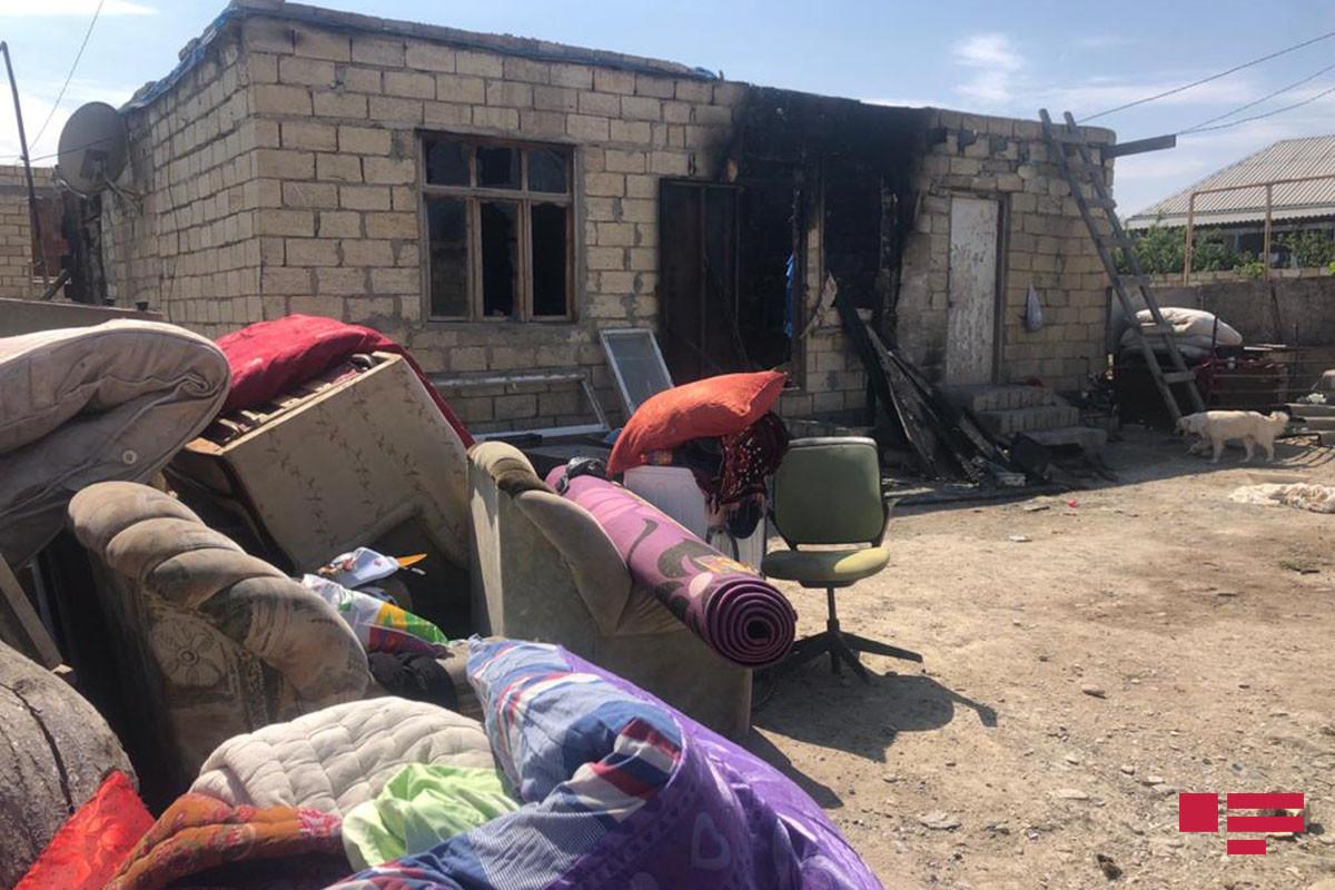 """Sumqayıtda ata oğlu və gəlinin yaşadığı evi yandırıb - <span class=""""red_color"""">FOTO"""