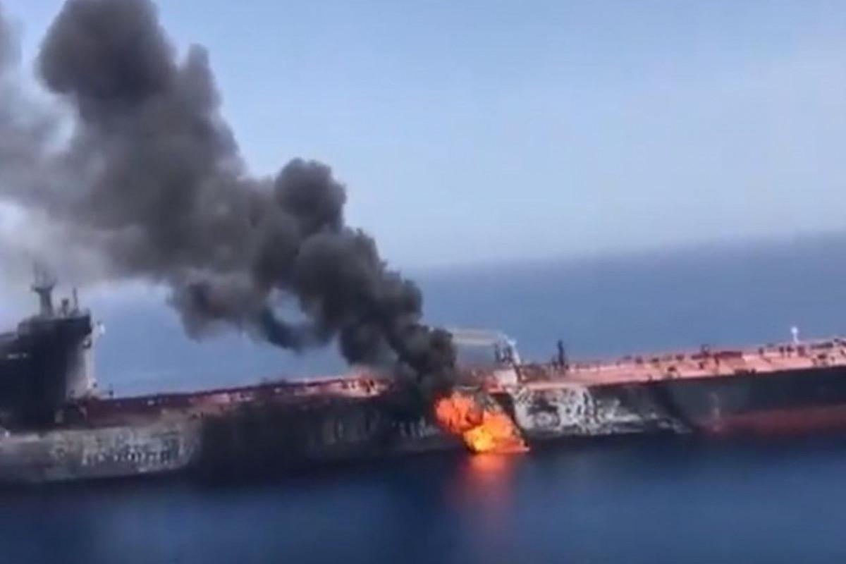 Великобритания обвинила Иран в атаке на танкер Mercer Street