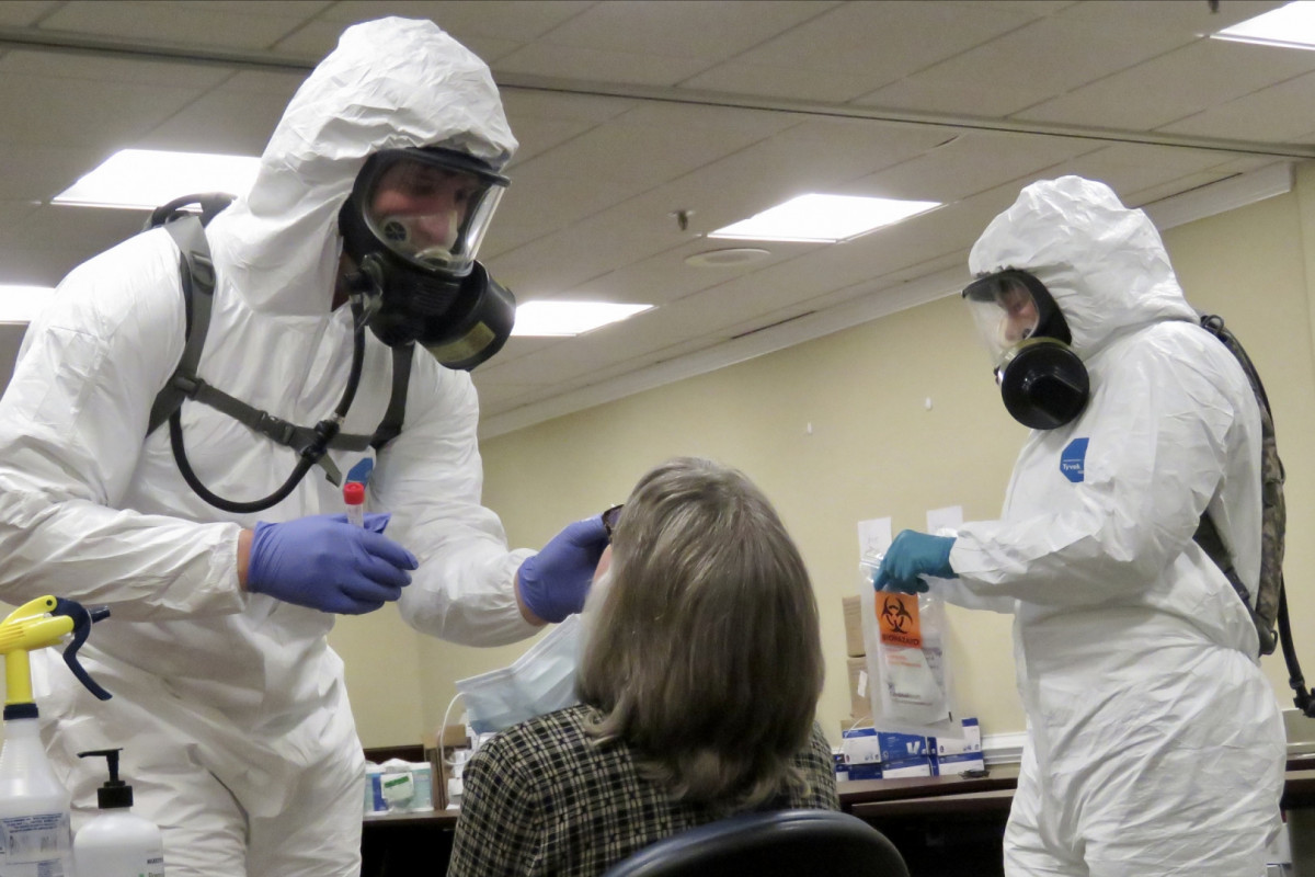 Главный инфекционист США считает, что ситуация с COVID-19 будет ухудшаться