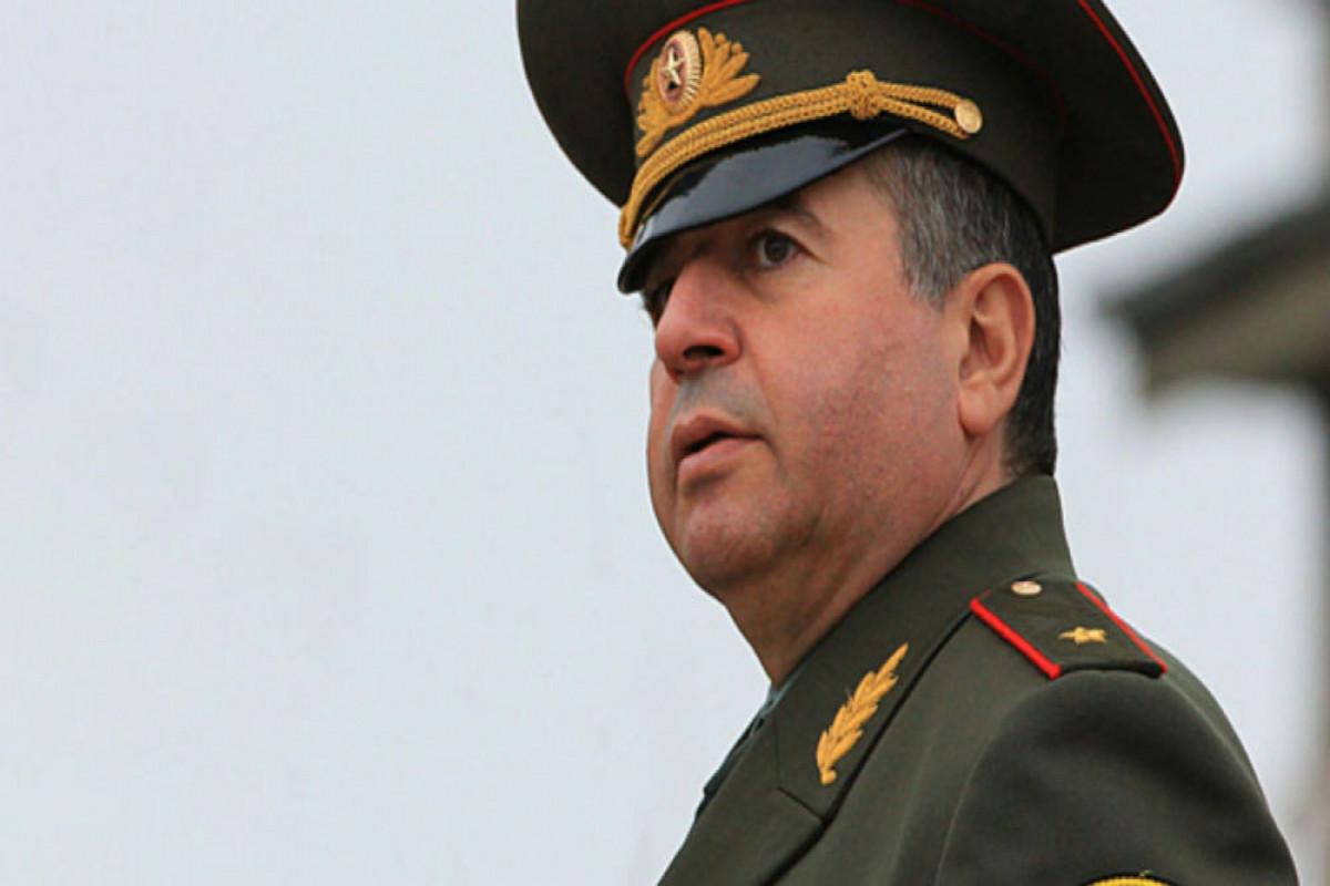 Arşak Karapetyan Ermənistan müdafiə nazirinin birinci müavini vəzifəsindən azad olunub