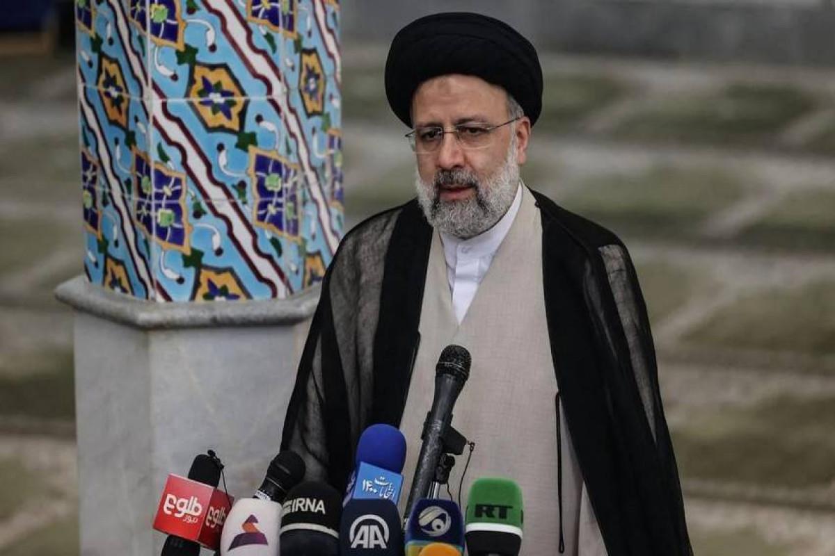 İranın Prezidentinin andiçmə mərasiminə 73 ölkədən 115 nümayəndə qatılacaq