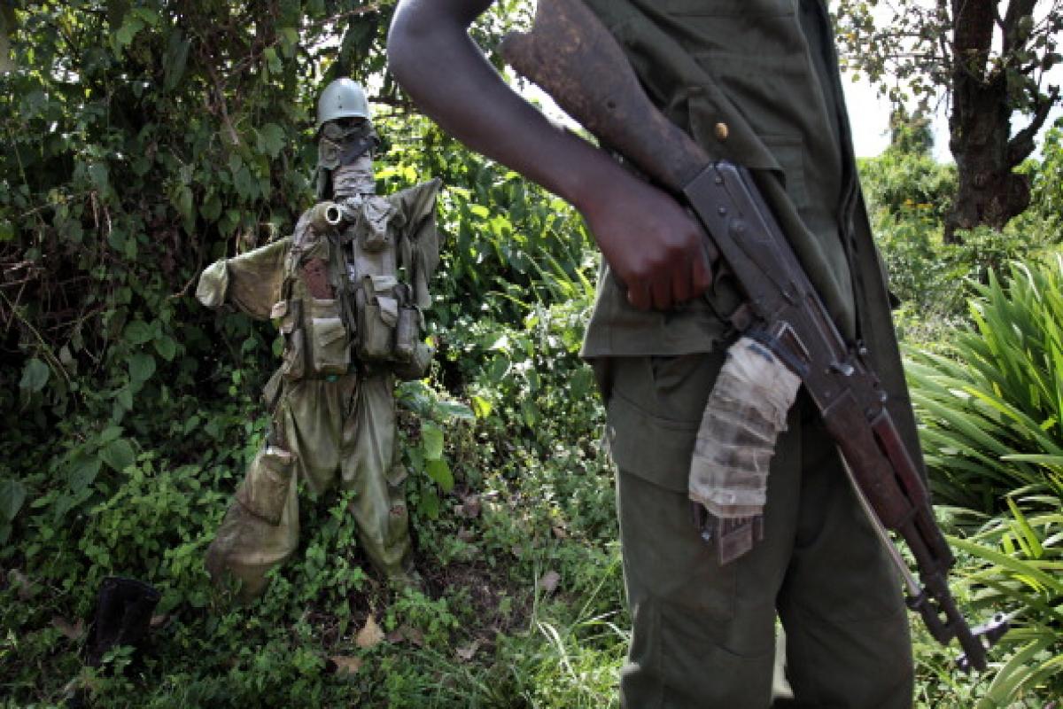 Konqoda silahlılar 17 sakini öldürüb