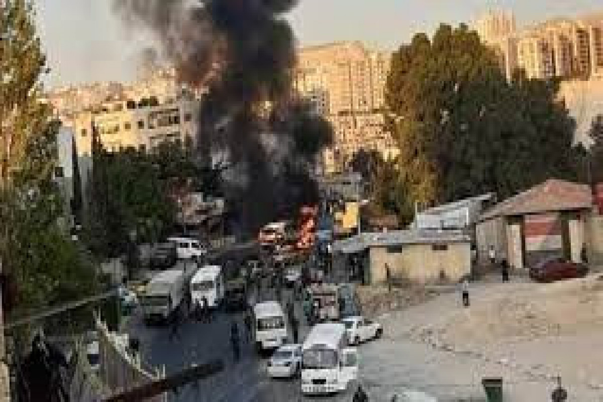 Military bus explodes in Damascus, casualties reported