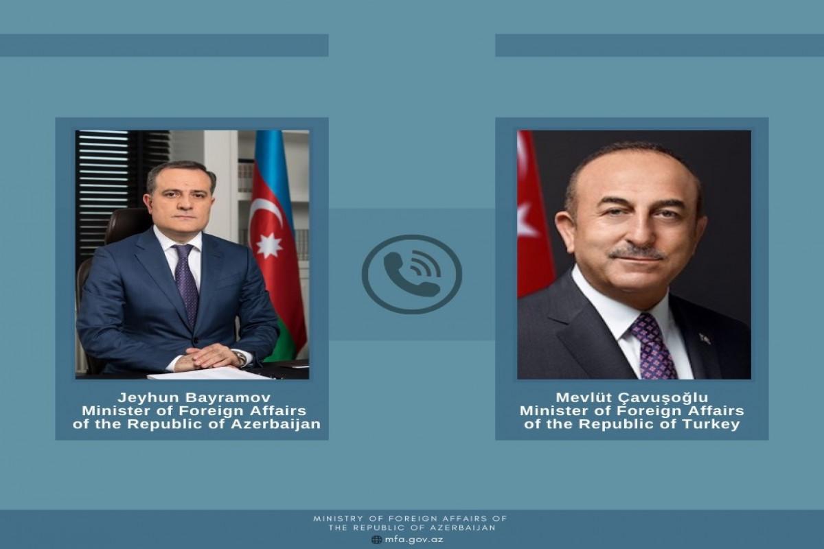 Azerbaijani, Turkish FMs held phone conversation