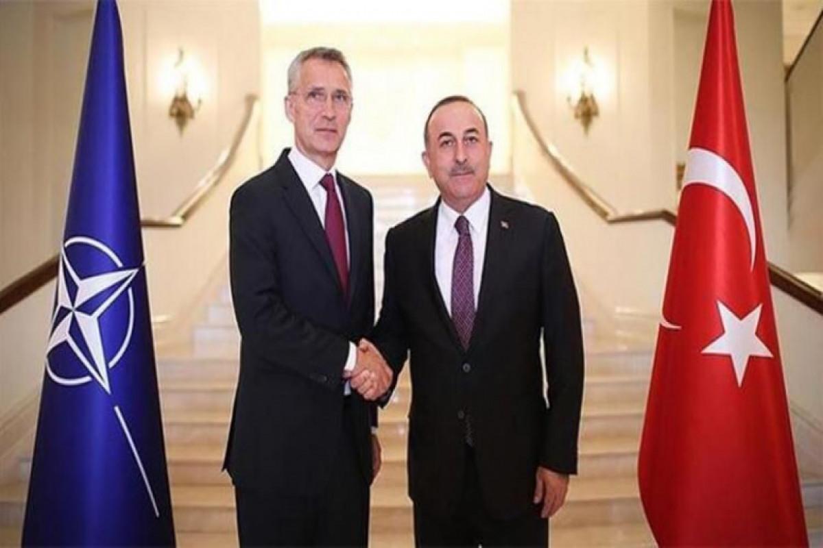 Mövlud Çavuşoğlu ilə NATO-nun baş katibi arasında telefon danışığı olub