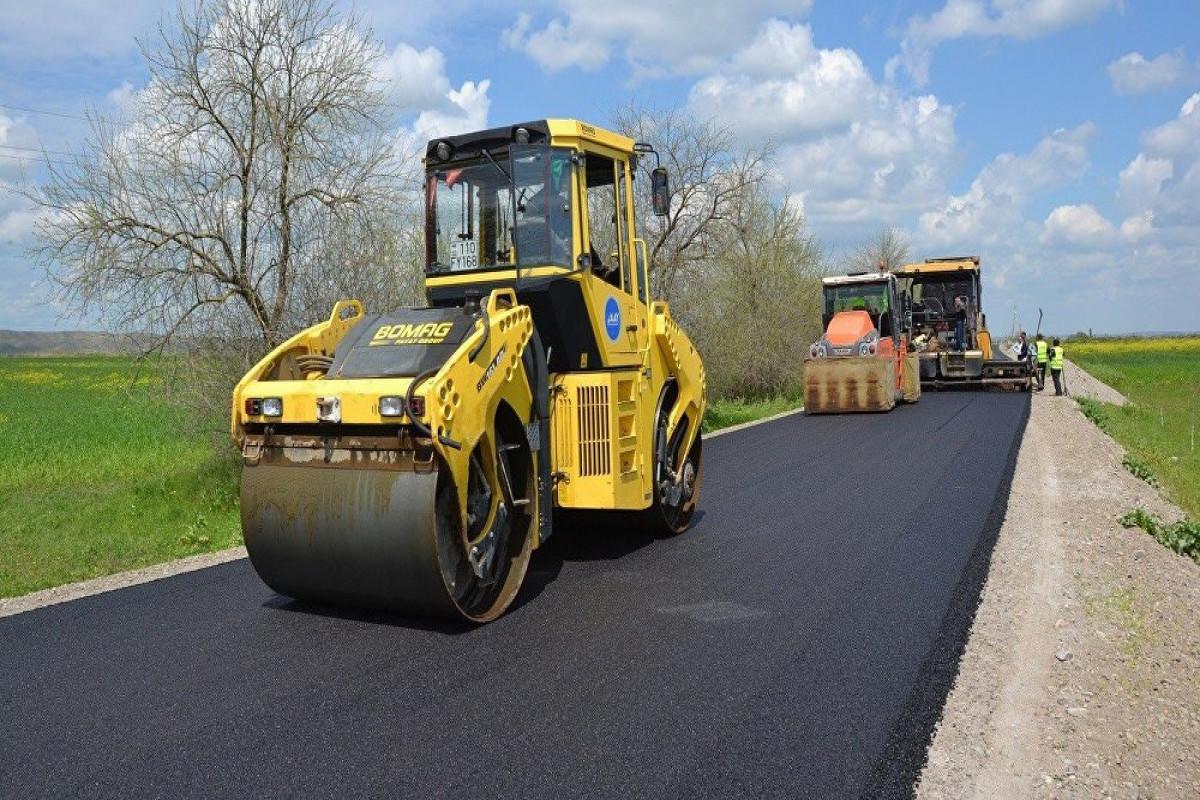 Azerbaijani President allocatesAZN 1,1 mln. for road construction in Shabran