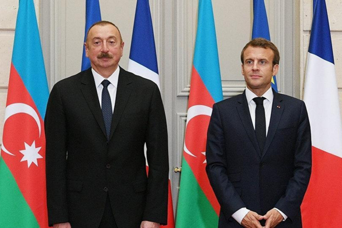 French President phones Azerbaijani President