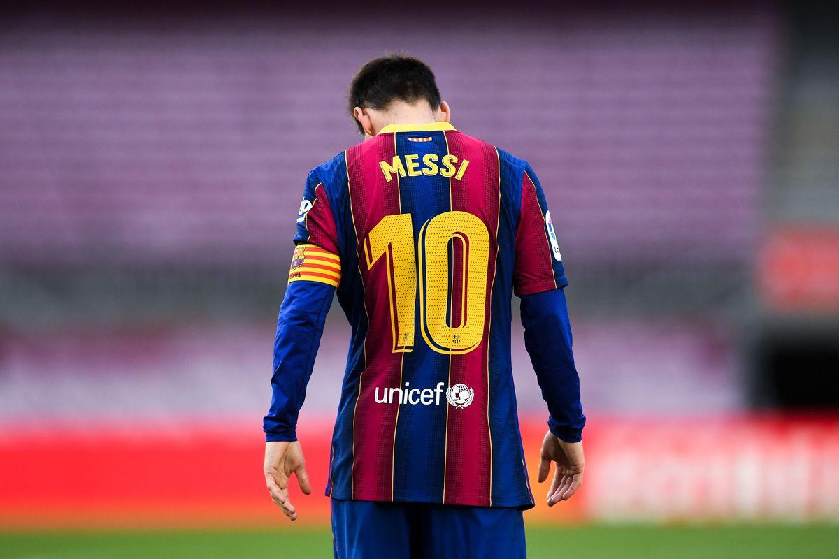 """Lionel Messi """"Barselona""""dan rəsmən ayrılıb"""