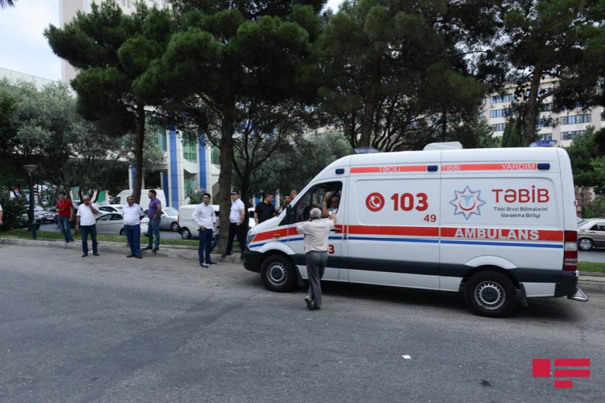 Скончался капитан полиции, раненный при взрыве гранаты на автомобильном рынке в Баку