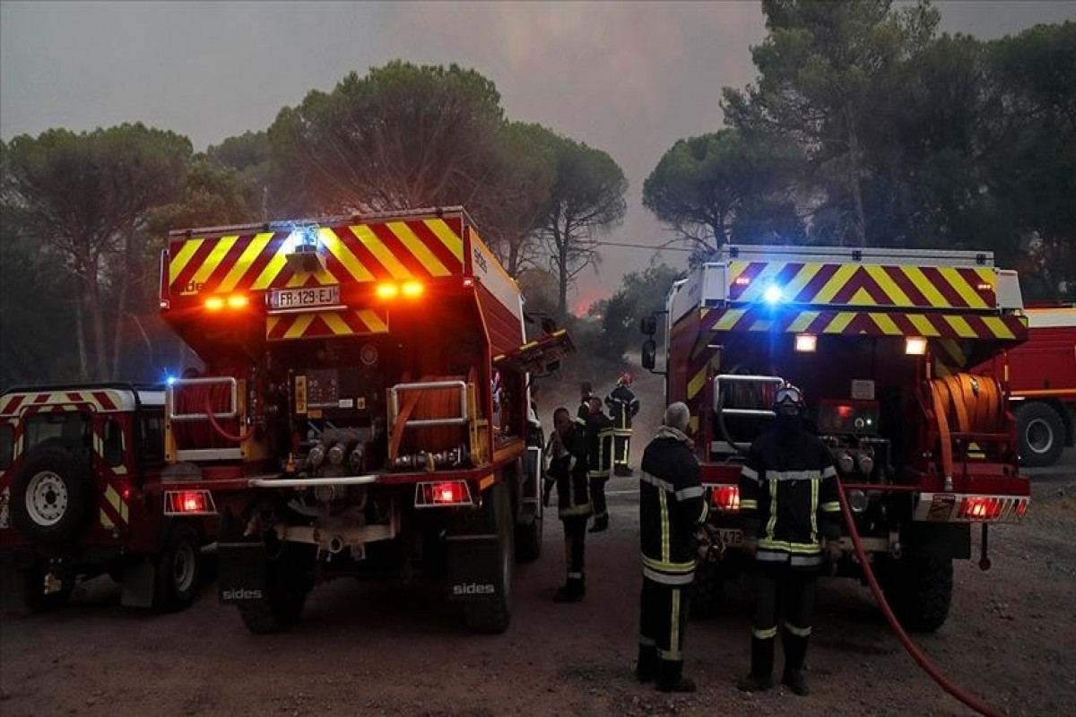 2 die, 24 injured on 3rd day of wildfires in southern France