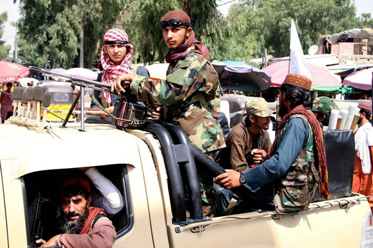 """Əfqanıstanın vitse-prezidenti """"Taliban""""ı ölkənin şimalında qocaları və uşaqları qaçırmaqda günahlandırıb"""