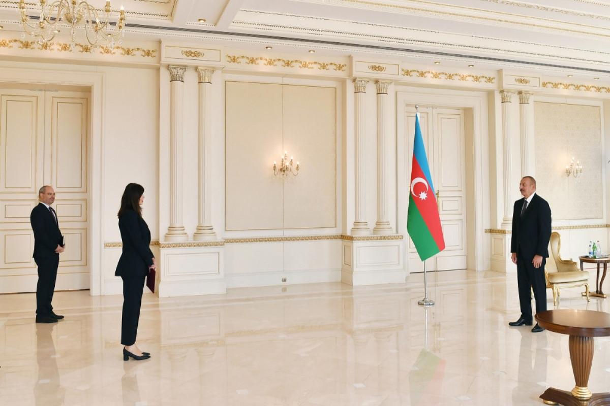 President Ilham Aliyev and UN Resident Coordinator Vladanka Andreeva