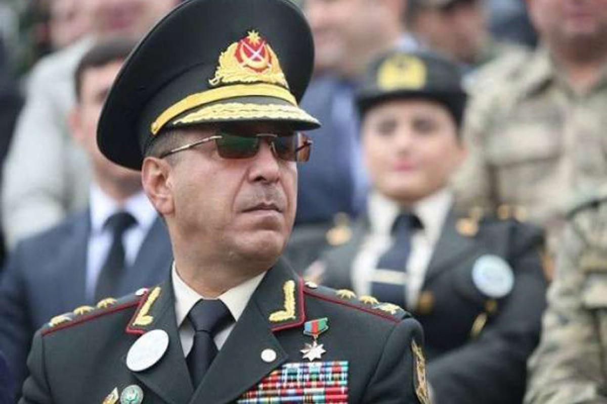 Rövşən Əkbərov, Sabiq birlik komandiri, general-leytenant