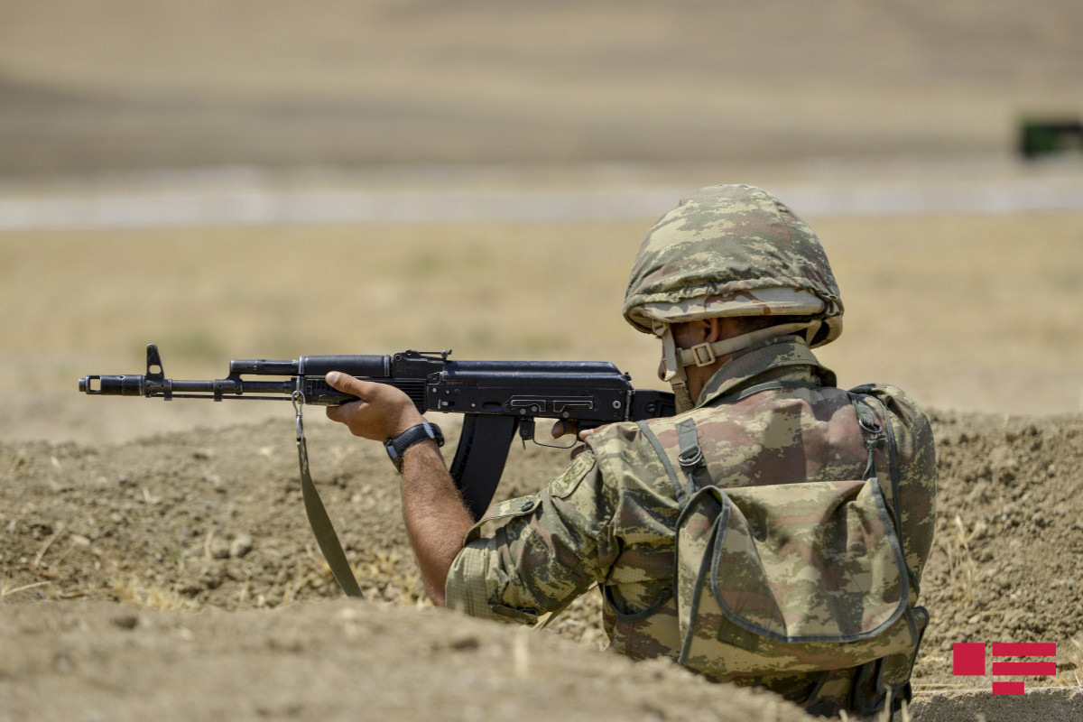 Two Armenian servicemen attacked and stabbed Azerbaijani soldier