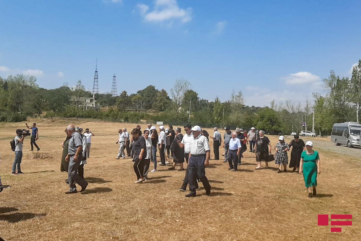 A group of Shusha residents, who visited Shusha, visits Jidir Duzu Plain
